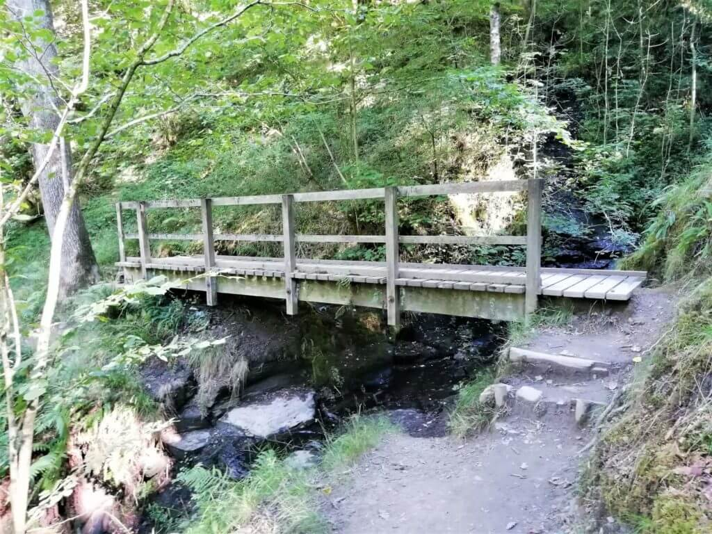 footbridge on nant llech trail