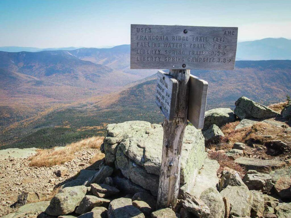 franconia ridge loop trail signpost