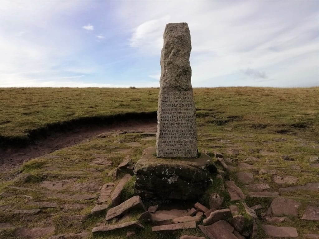 tommy jones obelisk on pen y fan walk