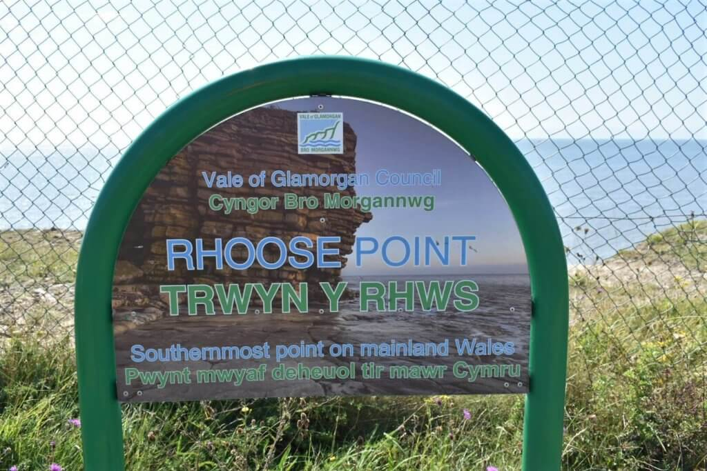 rhoose point sign