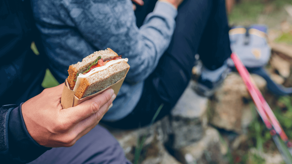 What to Eat Before a Hike, During and After