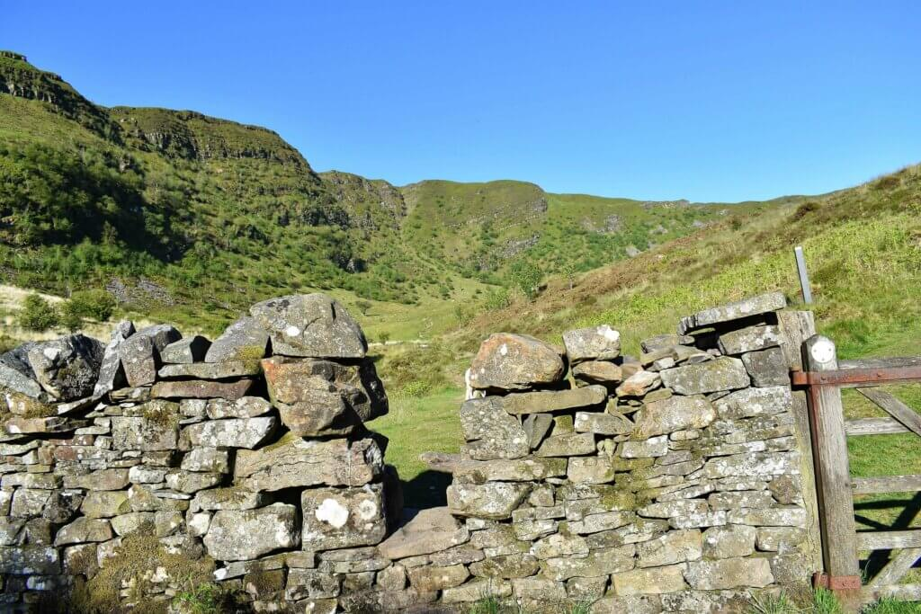 gap in wall leading to Craig Cerrig Gleisiad nature reserve