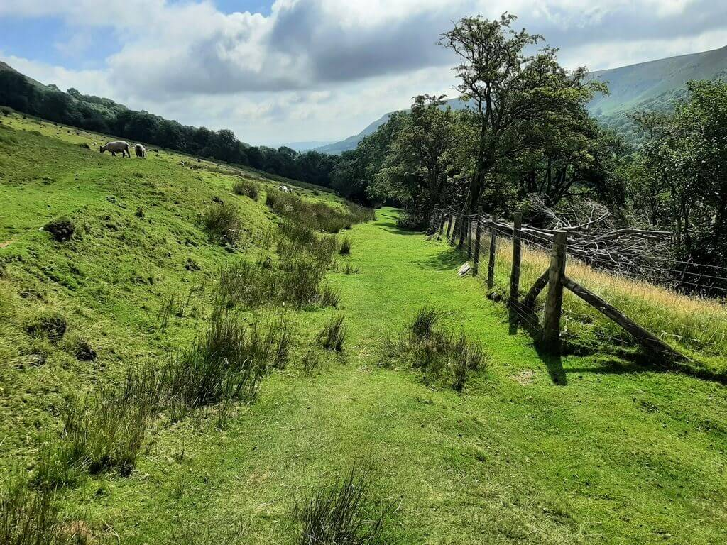 black hill walk into olchon valley