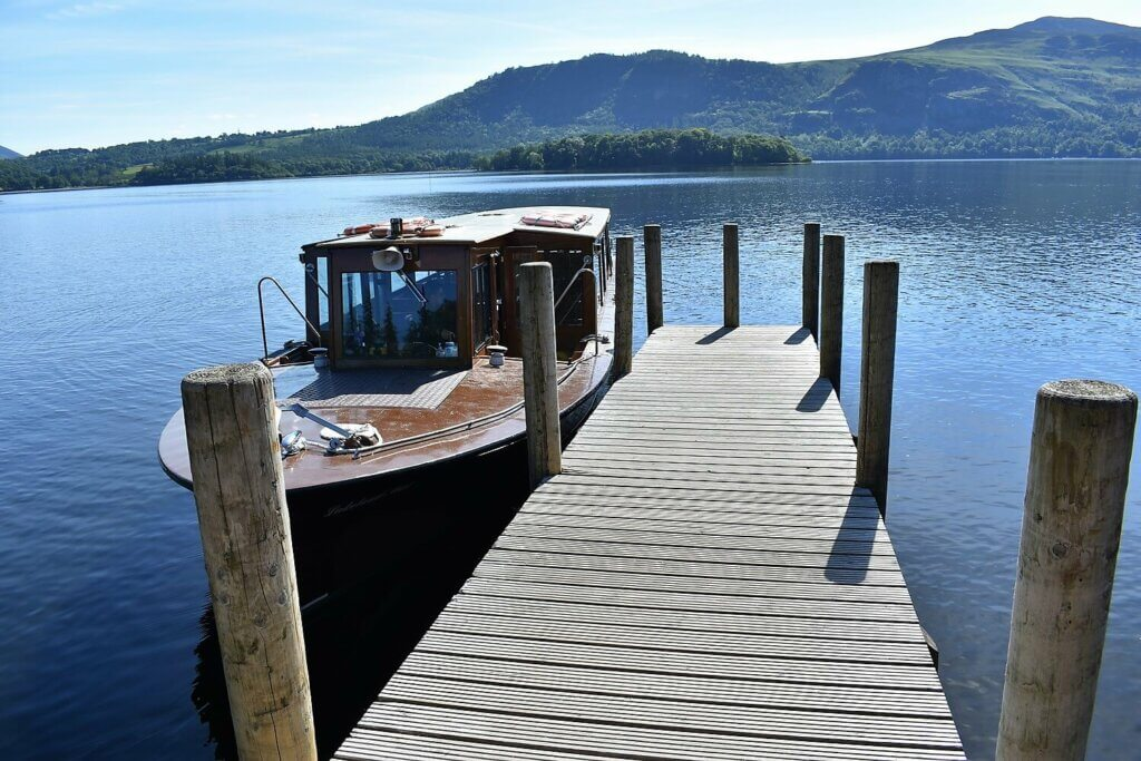 ferry at hawse end jetty